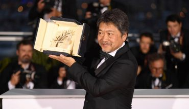 Mandatory Credit: Photo by Arthur Mola/Invision/AP/REX/Shutterstock (9685971d) Director Hirokazu Kore-eda holds the Palme d'Or for the film 'Shoplifters' following the awards ceremony at the 71st international film festival, Cannes, southern France 2018 Awards Photo Call, Cannes, France - 19 May 2018